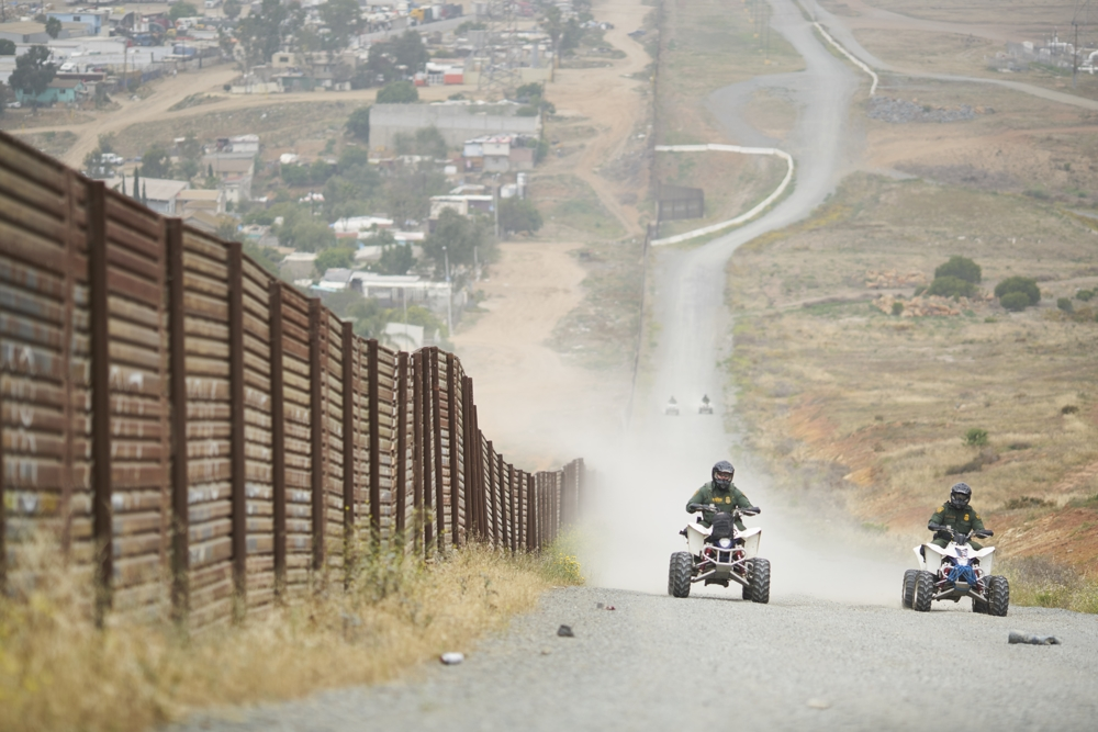 2016 In Pictures - US Border Patrol