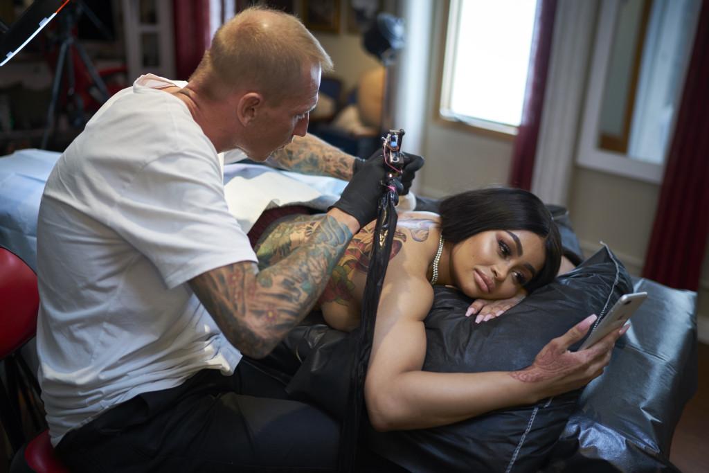 October 3, 2018. Los Angeles California. Blac Chyna is tattooed by celebrity tattoo artist, Konstantin Noskos. Photo Copyright John Chapple / www.JohnChapple.com
